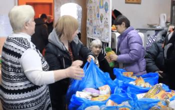 В рамках акции «Всем миром» оказана помощь многодетным семьям Куйбышевского района Донецка